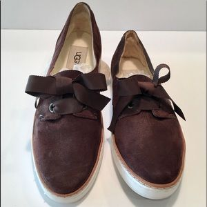 UGG CARILYN SUEDE RIBBON LACE SNEAKERS